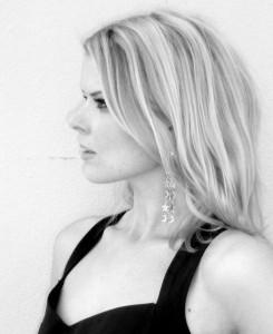 Karina Halle Author Picture