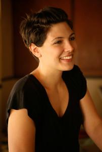 Taylor-Jenkins-Reid-Author-Photo